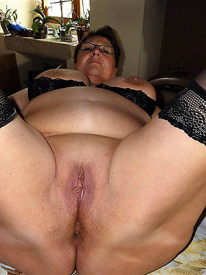 hairy mature cunts dirty copulation pics