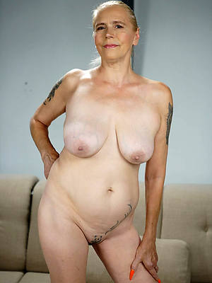 easy pics of nude mature women with tattoos