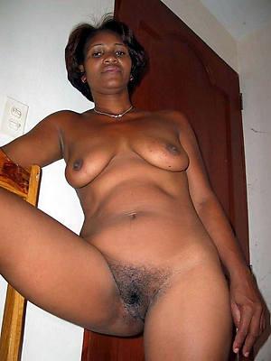 fantastic matured black body of men fucking