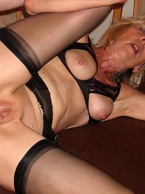 hardcore mature anal posing nude
