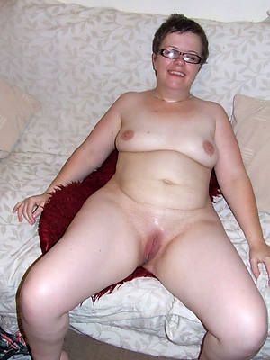 free pics of amateur mature wife porn