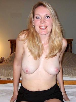 porn pics of mature natural boobs