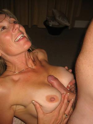 downright amateur mature boobs nude pics