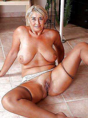 gorgeous grown up women erotic porn pics