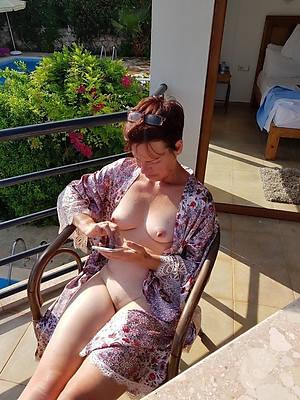 amateur mature housewives derogatory sex pics