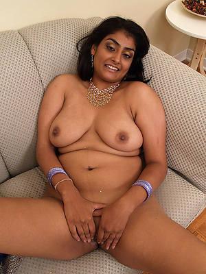 perfect indian mature nude photos