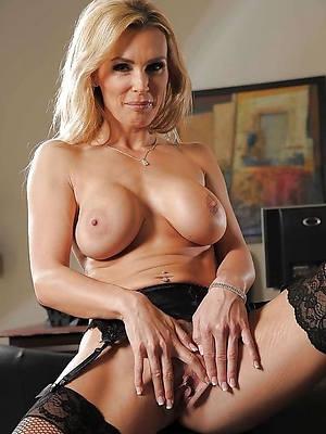 beautiful mature women models love porn