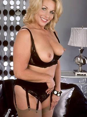mature women models porn pic download