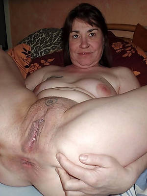 adult grandma pussy stripped