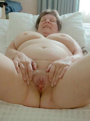 mature grandma tits pics