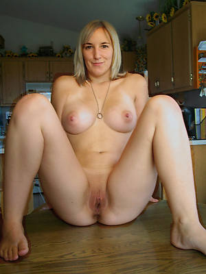 porn pics of beautiful blonde mature