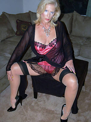 of age blonde wives tits pics