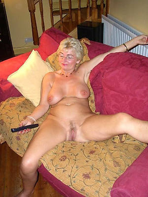 sexy old lady posing nude