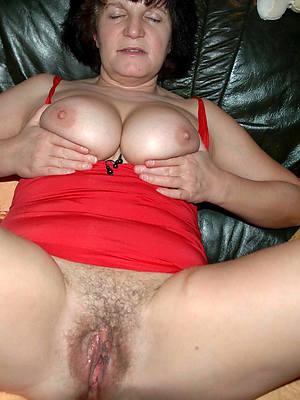 despondent hot mature brunette pussy