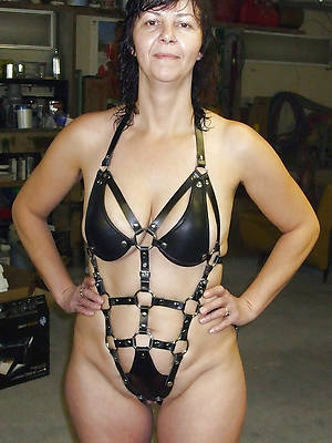 mature women in latex Bristols pics