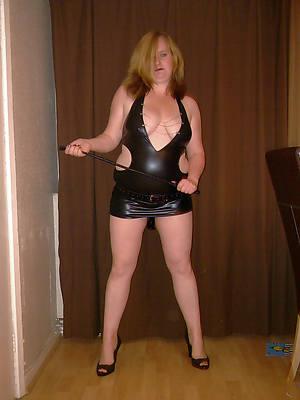 mature women in latex porn pics