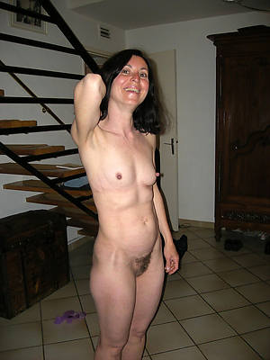 naught skinny mature small tits scant pictures