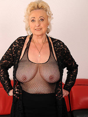mature 50 year old women essential porn pics