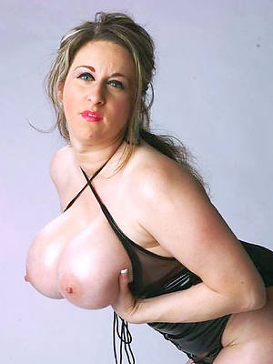 mature women models perfect body