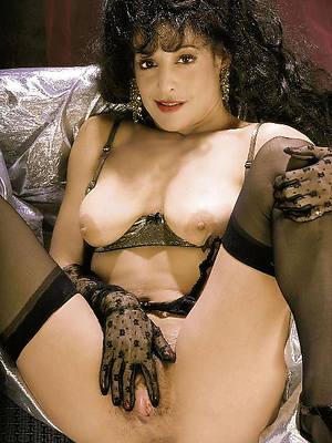 pornstar nude retro mature pics