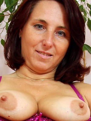 sexy mature women with long nipples pics