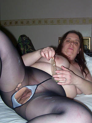 acquisitive mature pussy perfect body