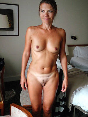 sexy hot bush-leaguer mature small pair pics