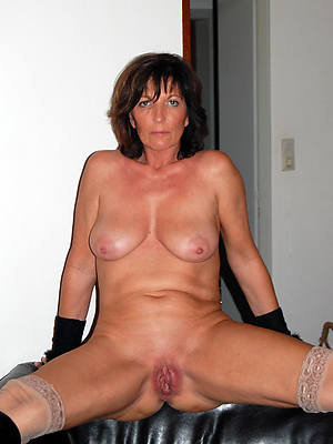 naught shaved mature cunts dispirited pics