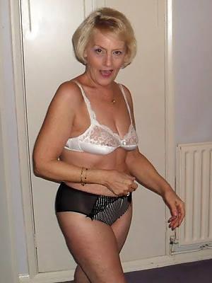 xxx 60 savoir vivre old bald women porn pics