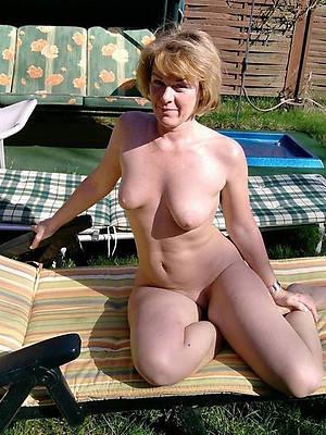 hotties mature amateur solo pics