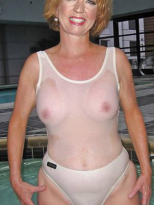miniature mature wife bikini porn pics