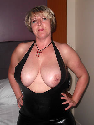amateur mature wife slut homemade pics