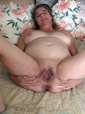 homemade nude mature girlfriends posing nude