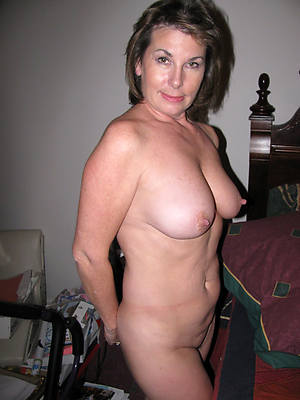 real mature 50 with an increment of porn photo