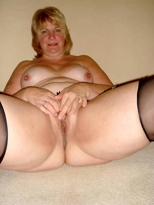 hot sexy naked women knockers pics