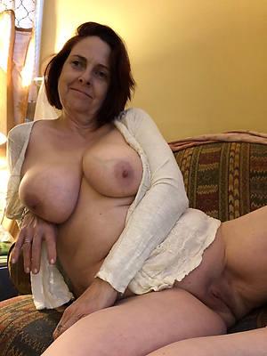 Mr Big amatuer mature brunette mom porn pics