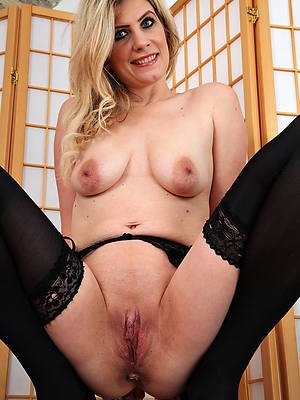 sexy hot mature straight cunt gallery