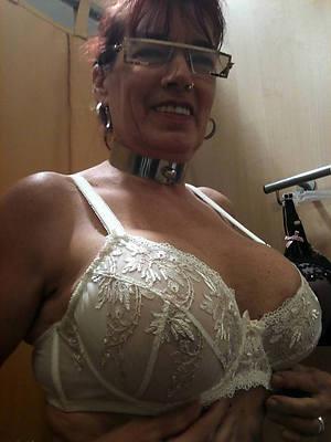 busty amatuer horny mature mom pics