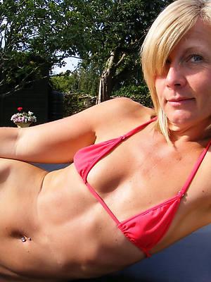 pornstar amateur mature bikini thumbs