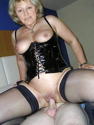 mature gentlefolk in latex porn blear