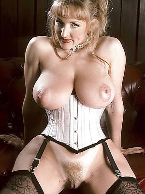 porn pics of vintage mature erotica