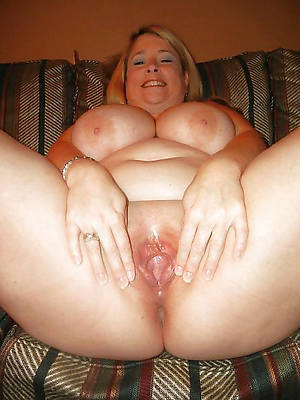 chubby mature xxx bare