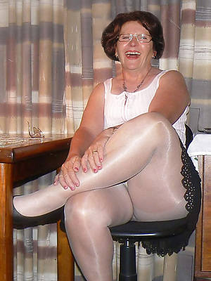 xxx mature pantyhose sex gallery