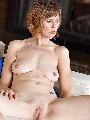 porn pics of hot shaved mature column