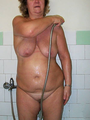 mature in burnish apply shower homemadexxx