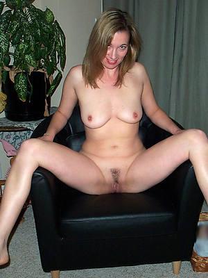 glum mature white women stripped