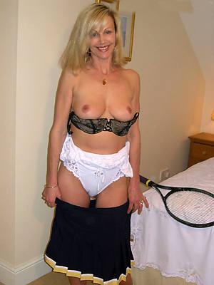 low-spirited white mature moms dirty mating pics