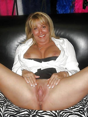 mature spitfire wife naked porn pics