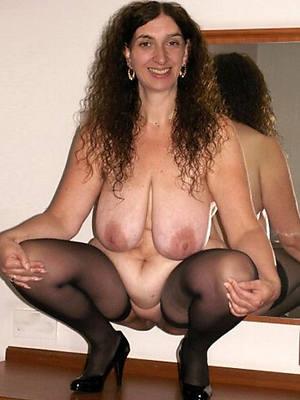 unorthodox xxx saggy boobs mature nude pics