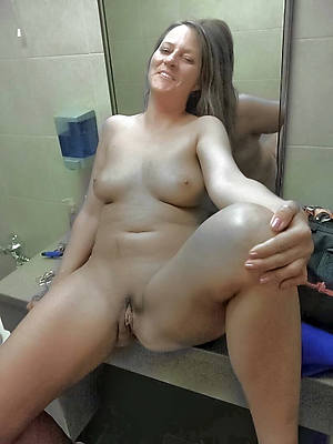 beauty solo full-grown naked porn pics